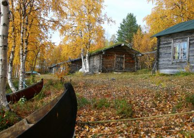 Keimiötunturi fell and fishing huts