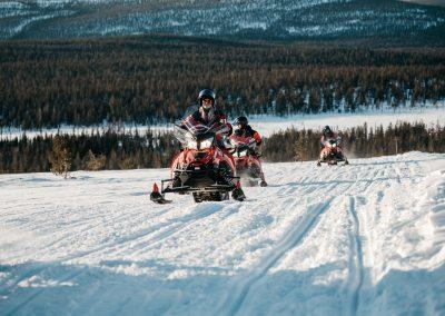 LaplandSafaris KotaCollectivePhoto DiscoverMuonio Activities Snow Mobile