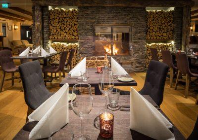lapland hotel olos restaurant takka